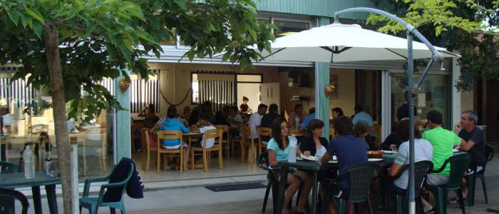 Salle à manger - Groupe Famille Enfants - centre de séjour Soulac sur mer