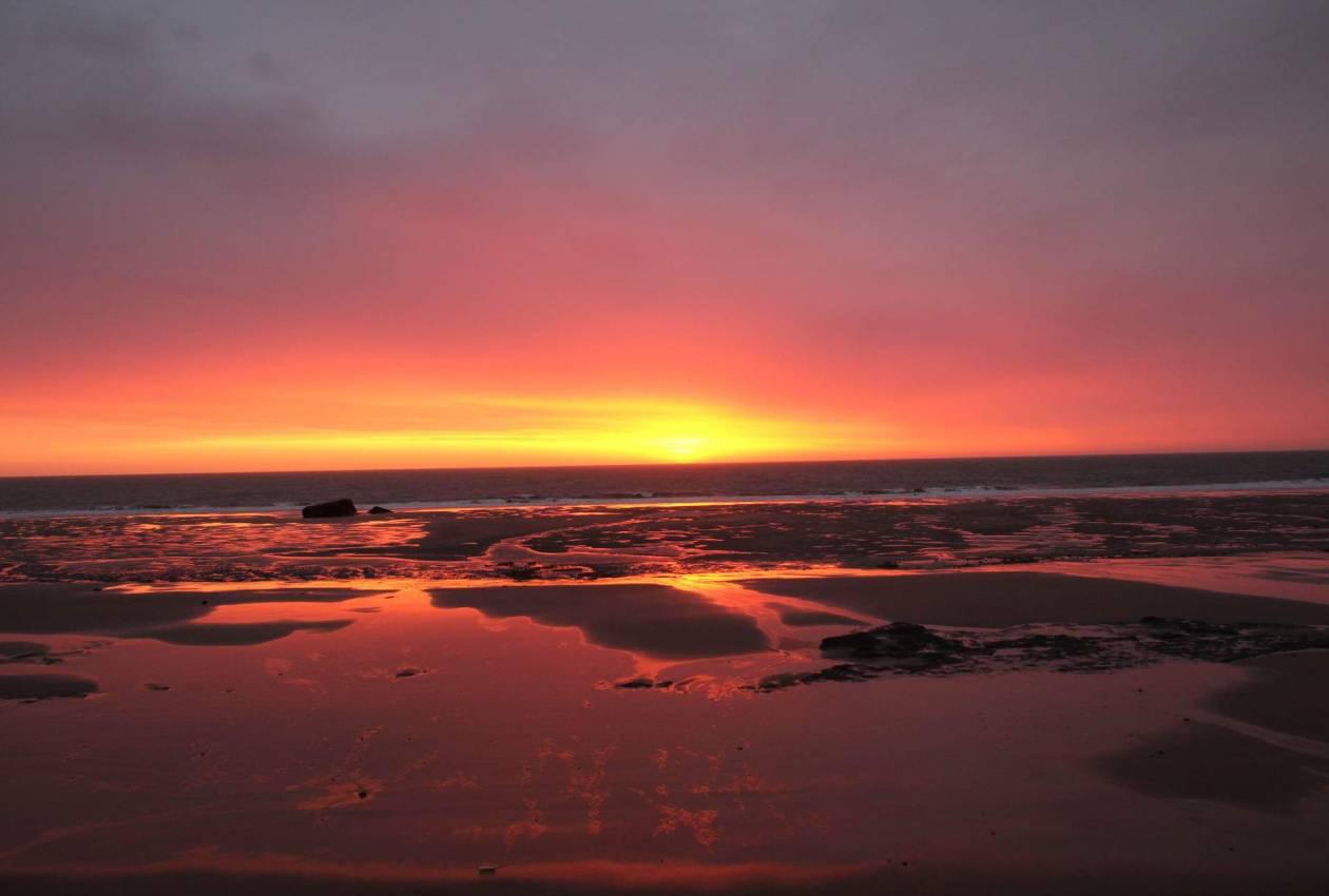 Coucher de soleil, plage sud à 2 min du centre - Centre de séjour Soulac sur mer